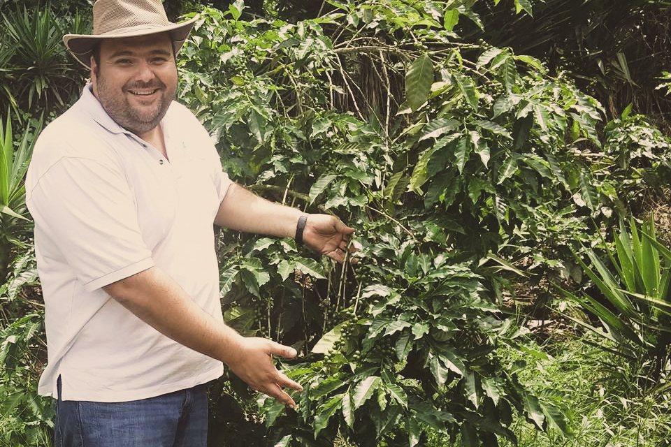 Farmář Carlos Mauricio Samour. El Salvador Las Tinieblas - King's Coffee